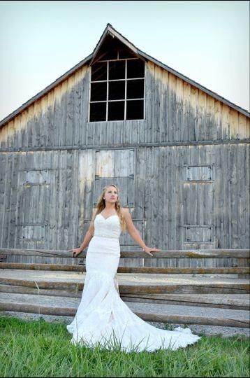Luminos Photography - Barn