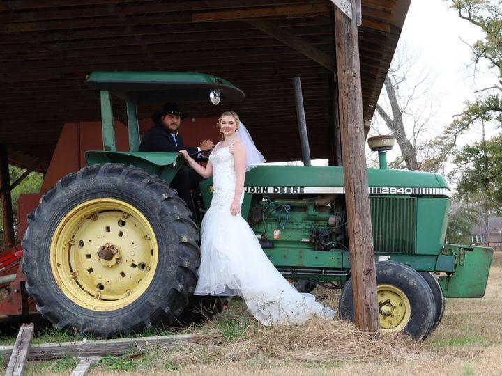 Tmx Img 0143 51 1990429 160210449575550 Hope Mills, NC wedding videography