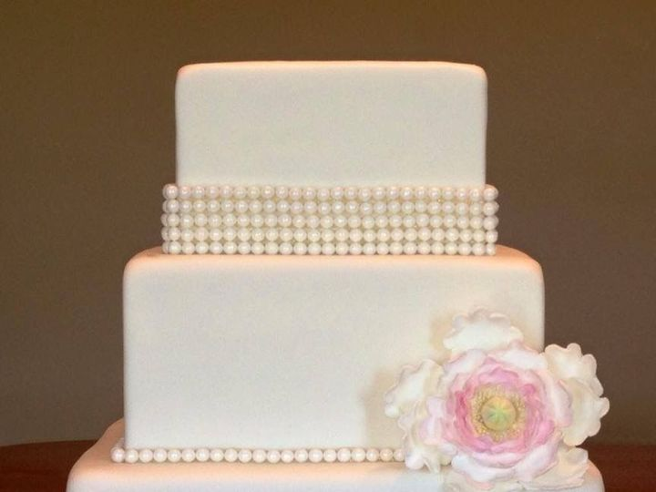 Tmx 1521647778 7184a86eef531d9e 1521647777 9d1c87043ea7bb93 1521647772068 1 IMG 0162 Lincoln University wedding cake