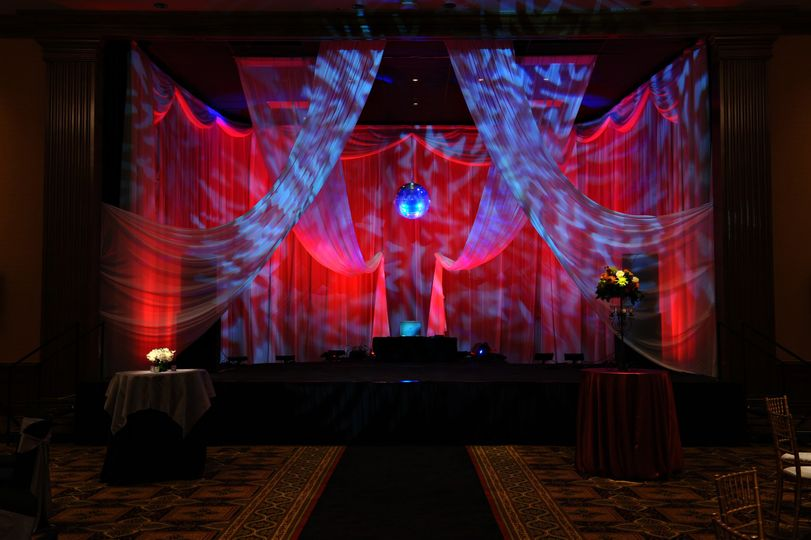 Uplighting/Mirror Ball/Draping