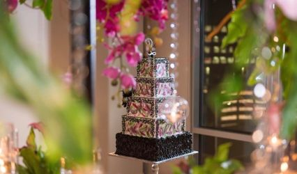 Wedding Cakes by Tammy Allen