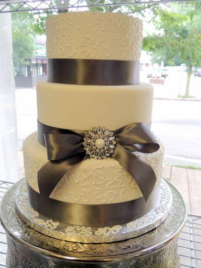 Just Desserts - Wedding Cake - Middleboro, MA - WeddingWire