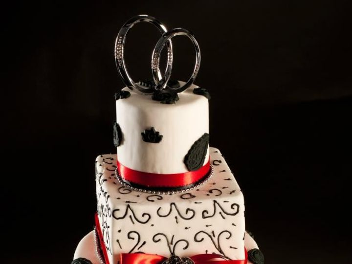 Tmx 1413816763458 Blooms333 Indianapolis wedding cake