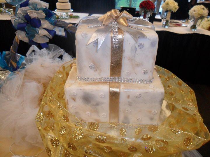 Tmx 1413816767941 Blooms444 Indianapolis wedding cake