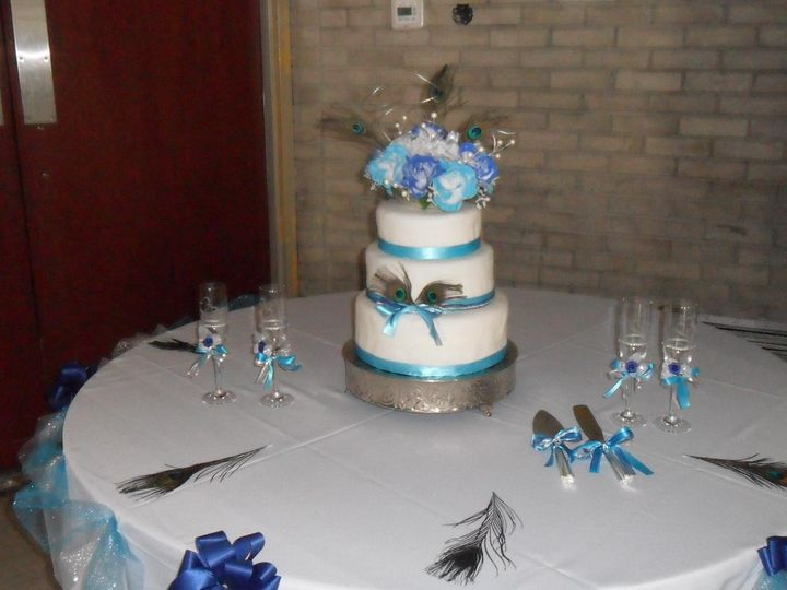Tmx 1413816777981 Blooms555 Indianapolis wedding cake