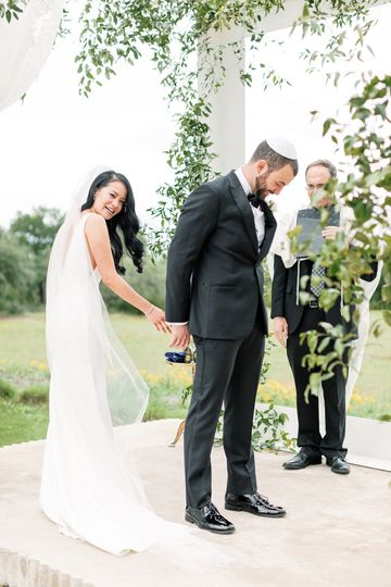 diana and damians wedding ceremony at prospect house in dripping springs texas www featherandtwinephotography com 1 51 40529 1562786686