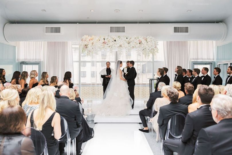 samantha and rileys wedding ceremony at the joule in dallas texas www clairecasner com 3 51 40529 1569350048