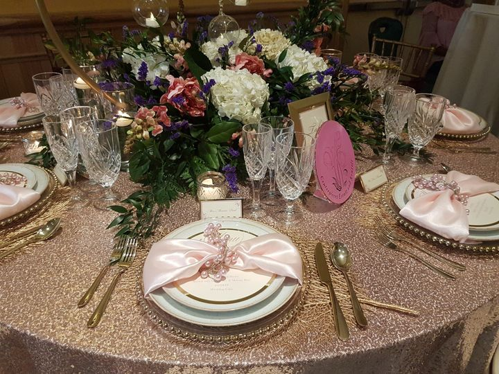 Reception table place setting