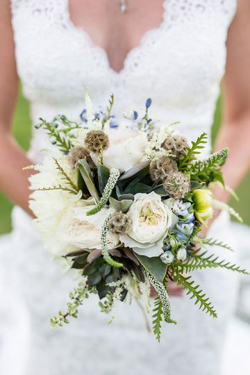 The bridal bouquet - Kristi Midgette Photography