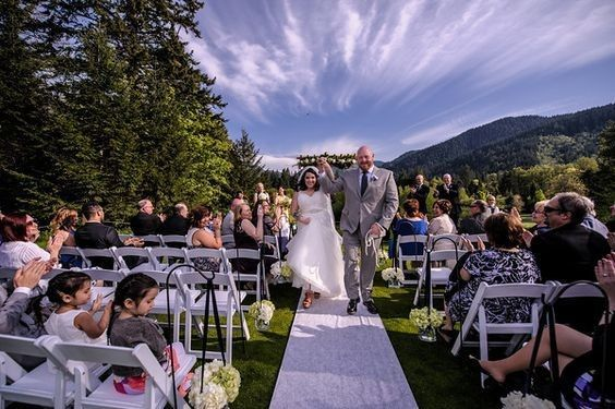 Tmx 1521312660 5964395dbfba2fe3 1489350131585 May Day 24 Welches, OR wedding venue