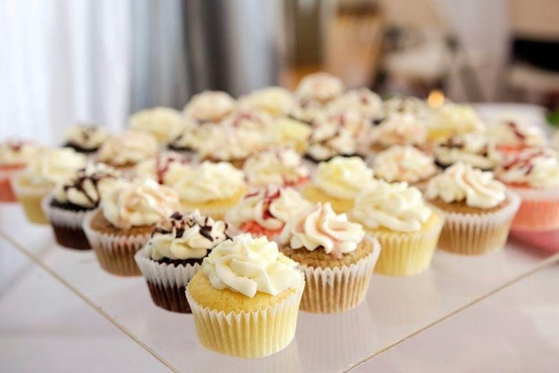 Cake Stand Rental