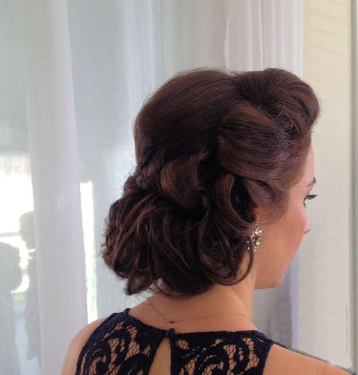 Modern twist on old Hollywood updo