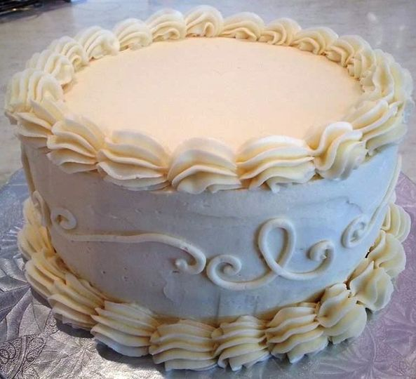 """6"""" and 8"""" Cutting Cakes are also available!"""