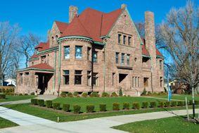 Watson-Curtze Mansion