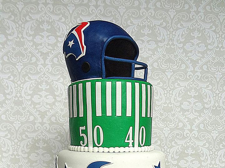 Tmx 1378750830261 Texansgroomscake Spring wedding cake