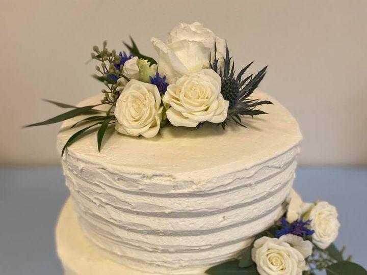 Tmx 119041360 1331368053881887 2055571296926442956 O 51 1990729 160139879063661 Sylvania, OH wedding cake