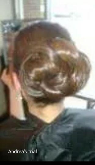 Details of hairdo
