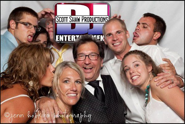 800x800 1323377303528 001photoboothpic0weddingwire001