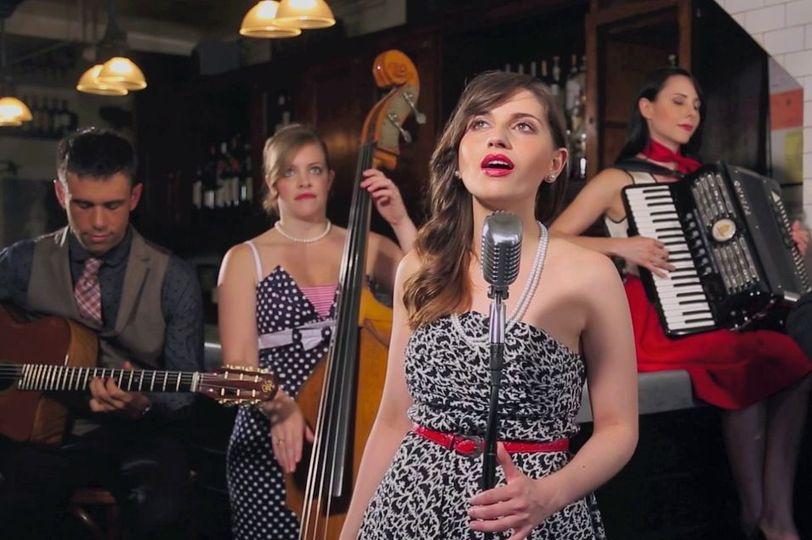 Jazz Ambiance French Cafe
