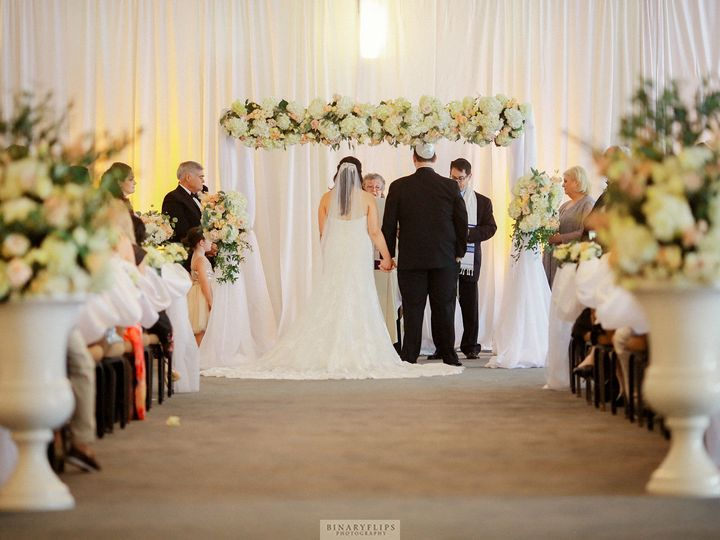 Tmx 1523987835 015b5043d9954b73 1523987833 0f8f88ca75c4bcb5 1523987822150 8 Jorge Ceremony Wilton, CT wedding florist