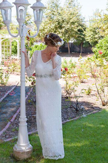 e49478775a96435c 1522430083 80d99b36cd1098a4 1522430078684 2 wedding party 0243