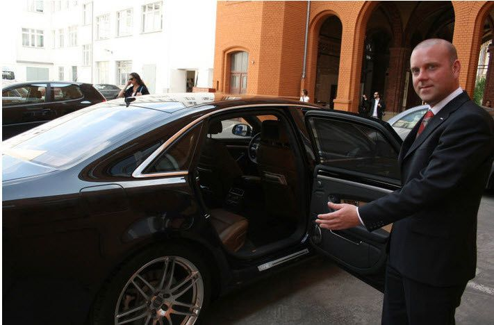 high class valet parkin
