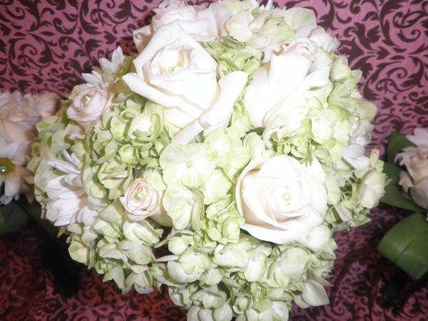 Rose, Daisy & Hydrangea Bridal Bouquet