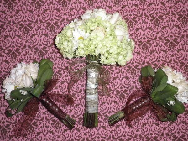 Rose, Daisy & Hydrangea Bouquets
