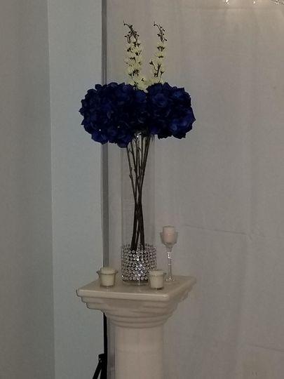 Blue ceremony decor options