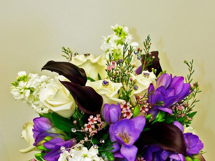 Tmx 1436625813097 Laura 008a Bismarck wedding florist