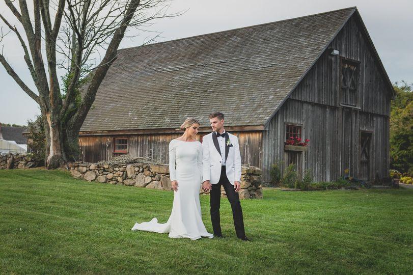Weintraub wedding barn shot