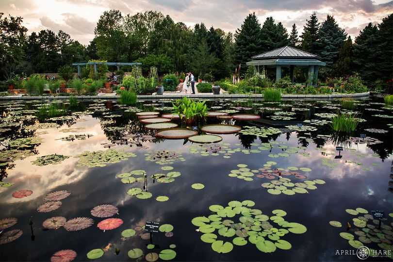 beautiful denver botanic gardens wedding during su