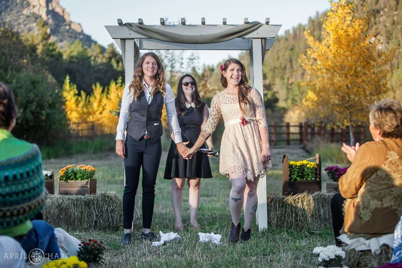 happy colorado wedding ceremony outdoors