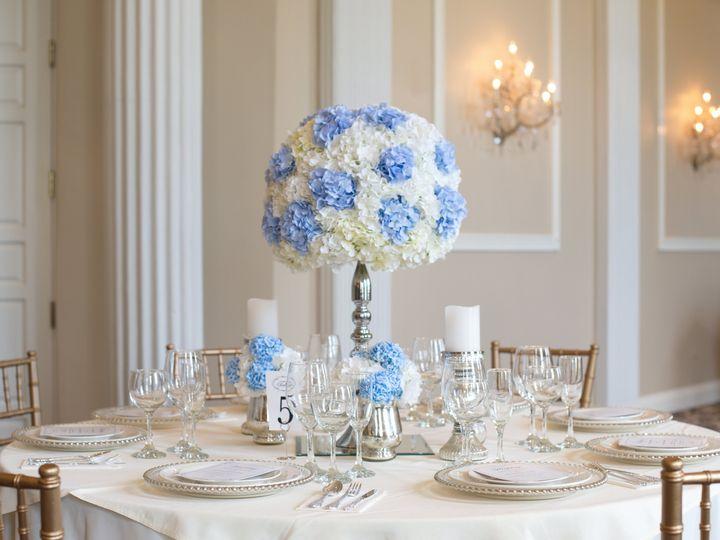 Tmx 20np063 017 51 1974829 160142946661001 Chicago, IL wedding florist