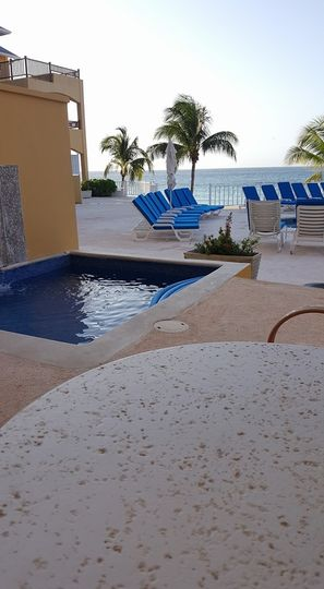 Junior suite poolview room