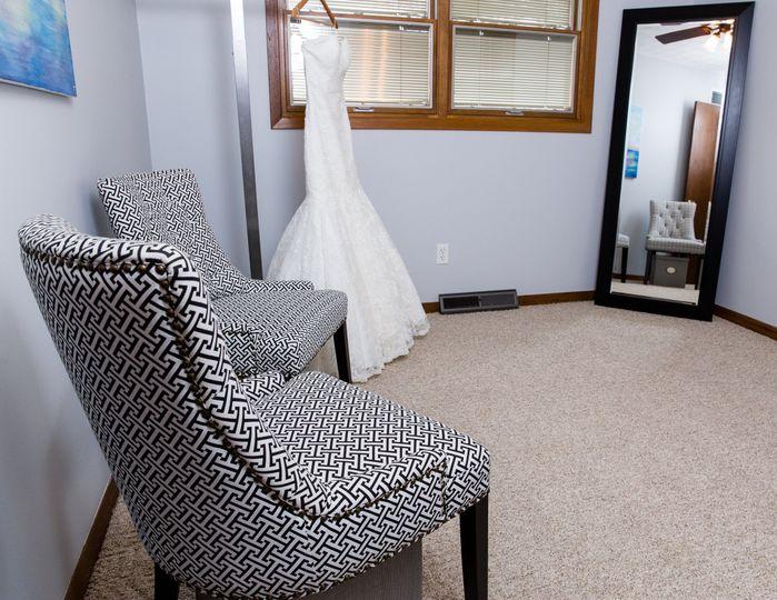 photo: Contact Quad Cities Brides
