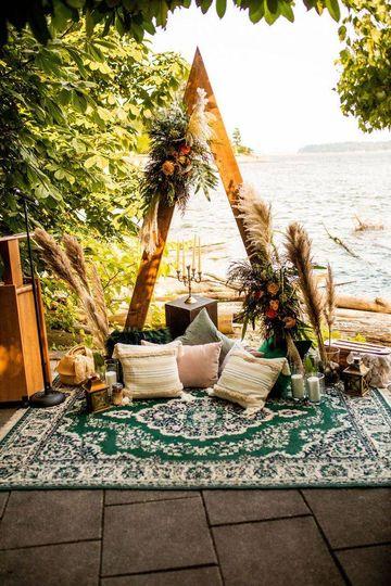 Boho Chic Outdoor Ceremony