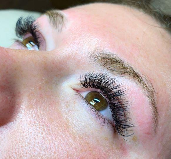 Beautiful hybrid lashes