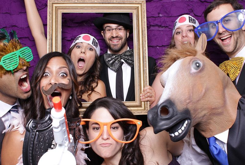 photo booths 51 1060929 1555610180