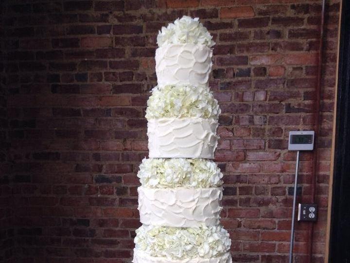Tmx 1462373565465 114030551190345690991140677035118703867200n Milwaukee, WI wedding cake