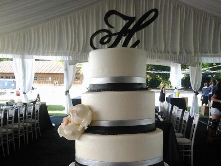 Tmx 1464212613332 Img0559 Milwaukee, WI wedding cake