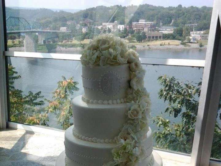 Tmx 1464212630044 Img0560 Milwaukee, WI wedding cake