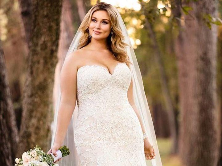 Tmx 1527432893 4a7c853e6d40623f 1527432892 8e0684c4ecc3d220 1527432892817 5 24059155 101548072 Hollidaysburg wedding dress