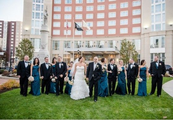 178aad57eae43b79 1479913770986 bridal party monument square