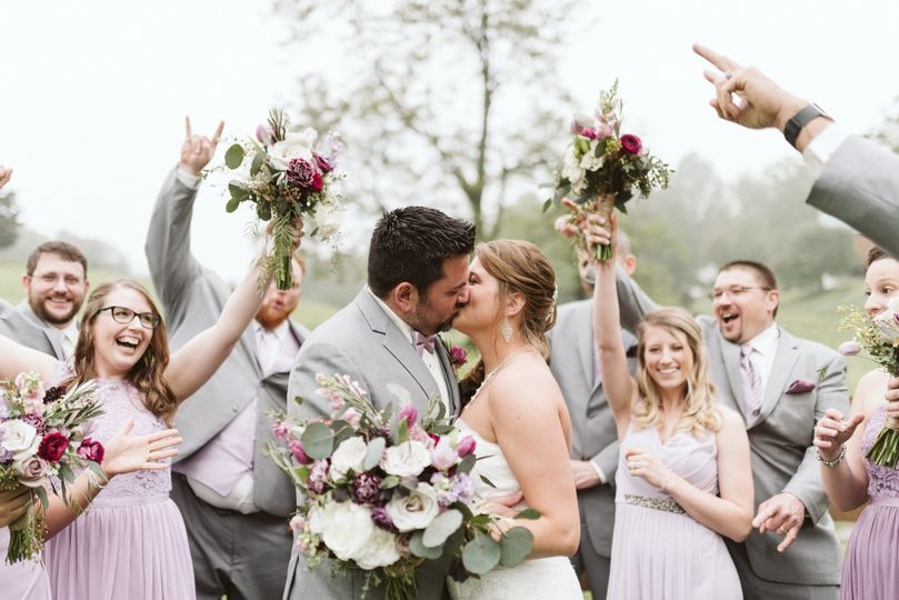 A kiss and bouquet