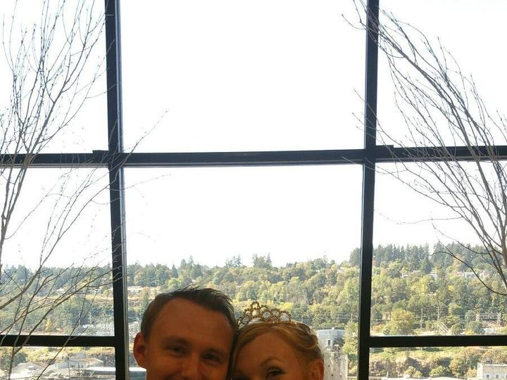 Tmx 1483514162665 Bride  Groom Oregon City, OR wedding venue