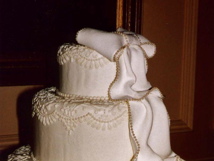 Tmx 1386034990828 3tier Vic. Lace Cascad Bellingham wedding cake