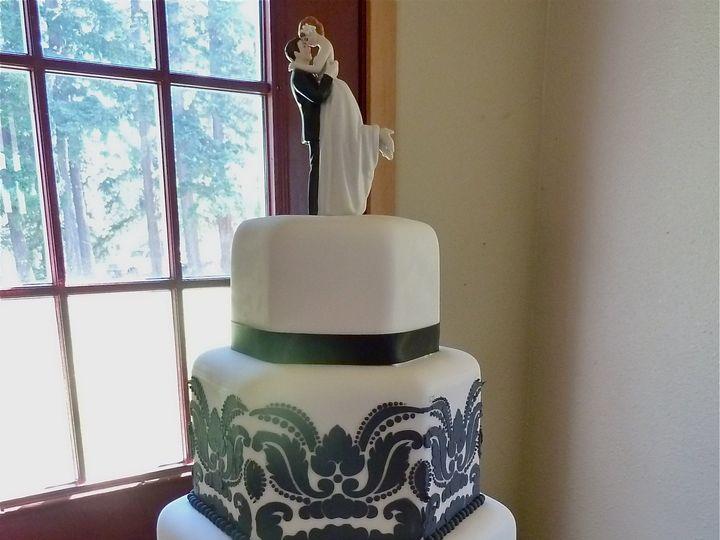Tmx 1386035337132 P102045 Bellingham wedding cake