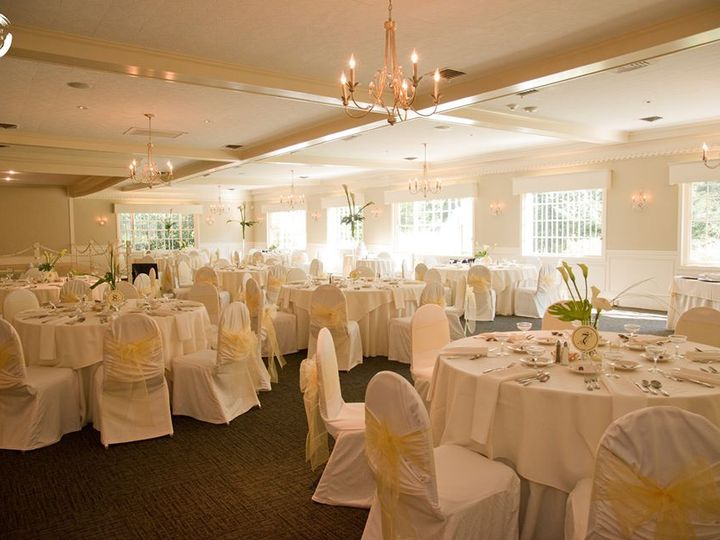 Tmx Ballroom Copy 51 6929 Charlestown, RI wedding venue