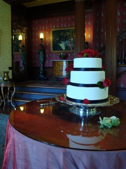 Wedding Cake in the beautiful Living Room at B&B Churchill Manor in Napa